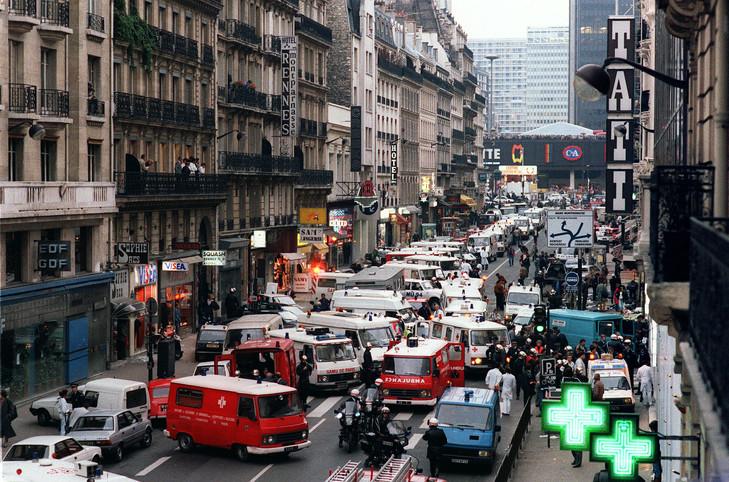 attentat-bombe-devant-magasin-Tati-Rennes-Paris-17-septembre-1986-morts-55-blesses_0_730_482.jpg