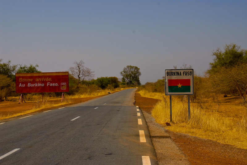login-sign-burkina-faso.jpg